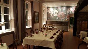 Contemporary Salon in the drawing room of the Klassik Altstadt Hotel